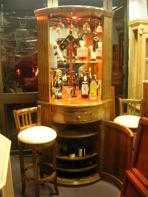 Bienvenidos a muebles muebles for Bar en madera moderno