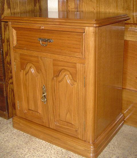 Muebles finos madera repizas for Estilos de muebles de madera